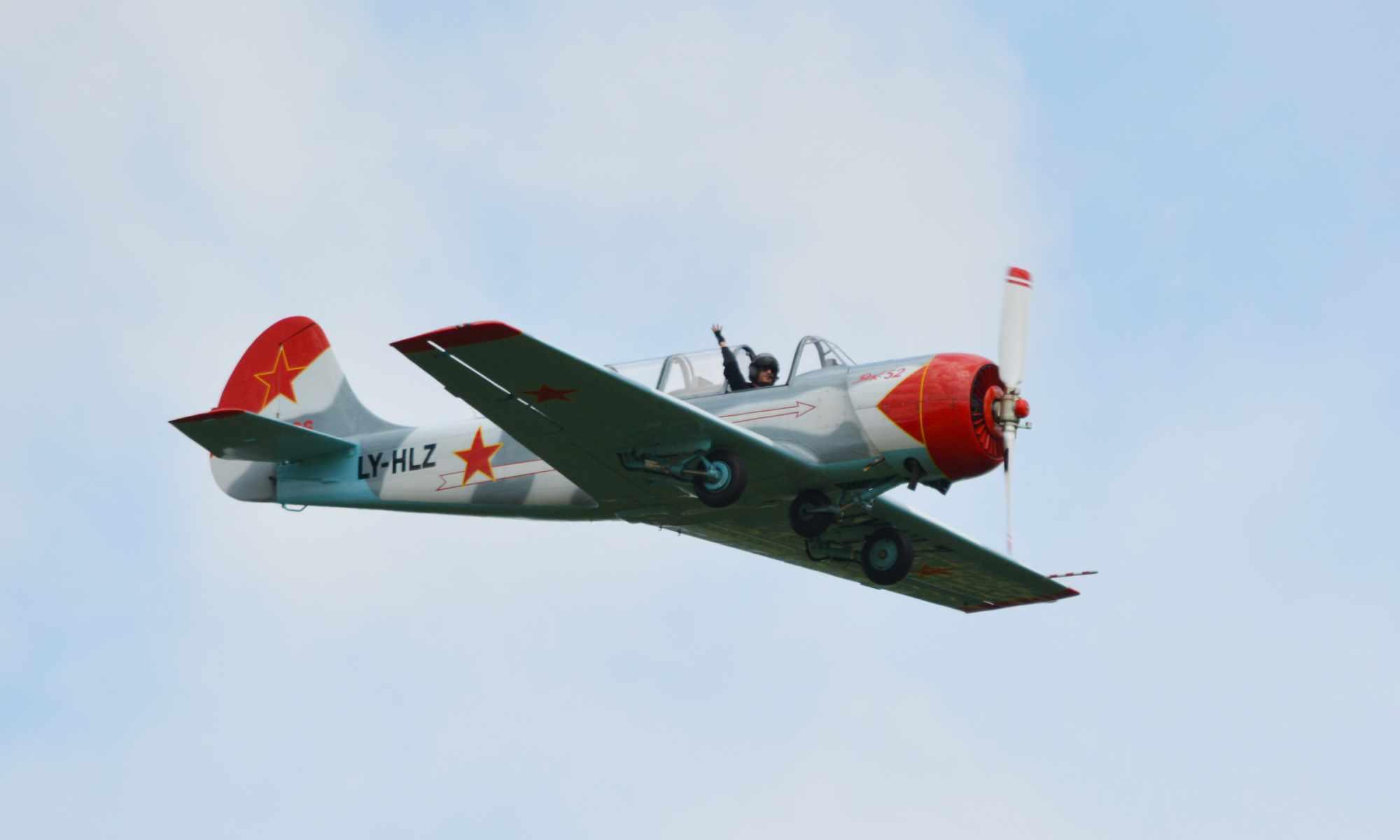 Jakowlew Jak-52