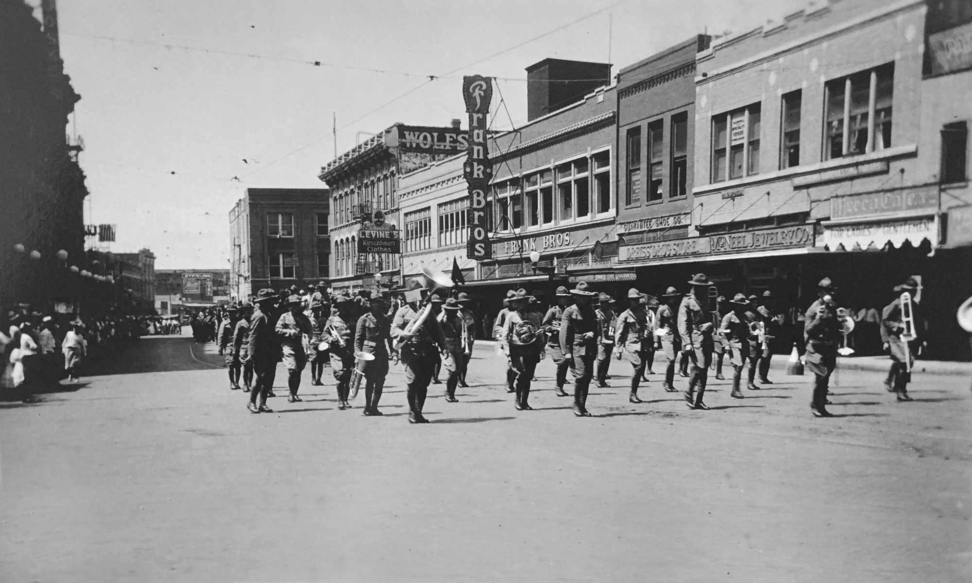 Parade in San Antonio, 1920