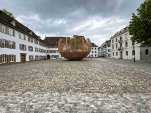 Arena für einen Baum, Littmann, Münsterplatz Basel